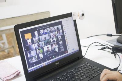 Vẻ đẹp của việc dạy - học trực tuyến online
