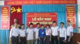 Lễ kết nạp Đảng viên 2012 dành cho đoàn viên ưu tú là sinh viên