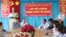 Khai giảng Lớp bồi dưỡng nhận thức về Đảng năm 2013