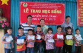 Công đoàn CTIM trao học bổng Nguyễn Đức Cảnh lần thứ III năm 2015