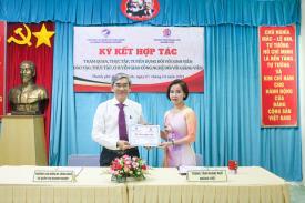 Ký kết hợp tác tuyển dụng với Trung tâm Ngoại ngữ Hoàng Việt