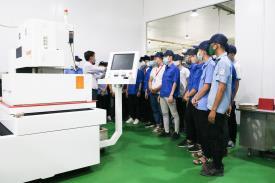 Sinh viên Điện, Cơ khí Khóa 21 tham quan tại Công ty TNHH ISHISEI Việt Nam