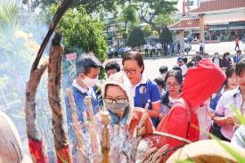 SV Cao đẳng CTIM thắp hương tri ân ngày Thương Binh Liệt Sỹ